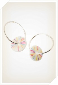 mini_hoop_earring_rainbow_stripe