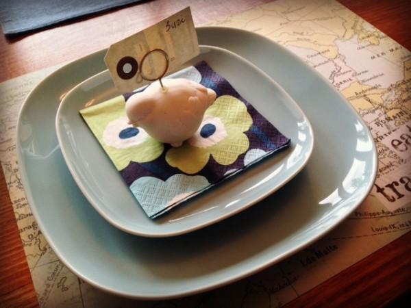 Bird on a plate