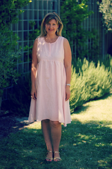 Style and Shenanigans wearing BT Linen Dress